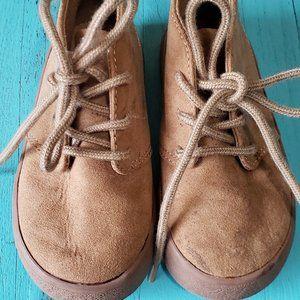 GAP Toddler Tan Chukka Boots